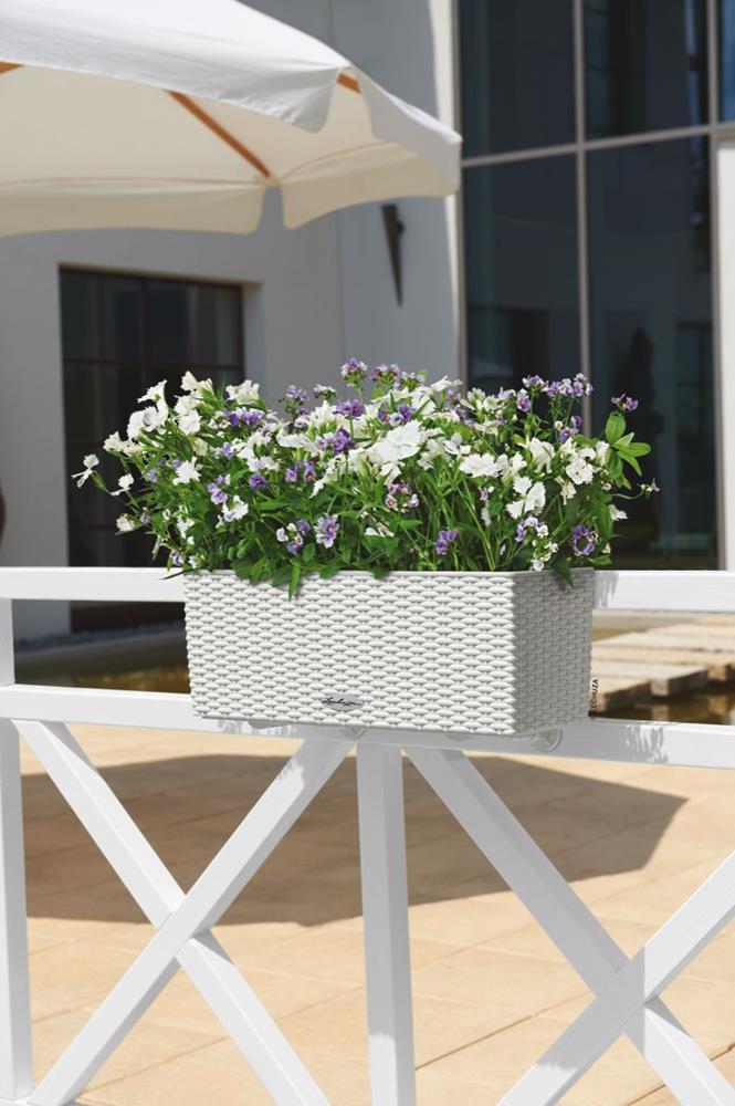 samozavla ovac truhl k lechuza balconera cottage 50 b l. Black Bedroom Furniture Sets. Home Design Ideas