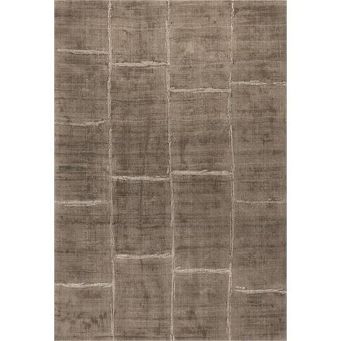 Kusový koberec hnědý
